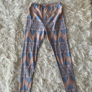 LULAROE Leggings Super Soft Peach Periwinkle